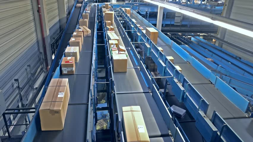 Parcels on conveyors - time lapse