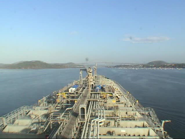 A time lapse of a tanker sailing through the Panama canal in 60 seconds from Pacific ocean to Atlantic ocean