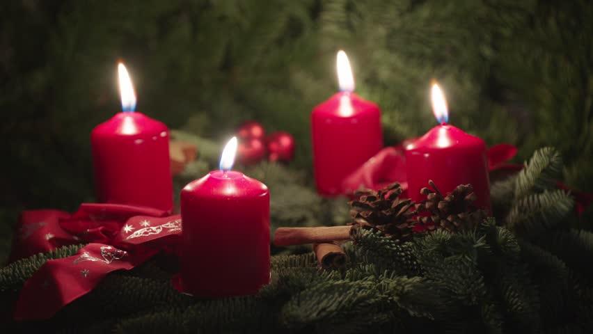 Christmas Wreath, Advent Wreath,4 candles burning