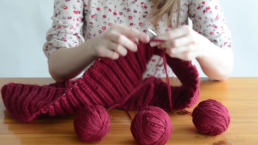 Knitting Images Hd : Snood definition meaning