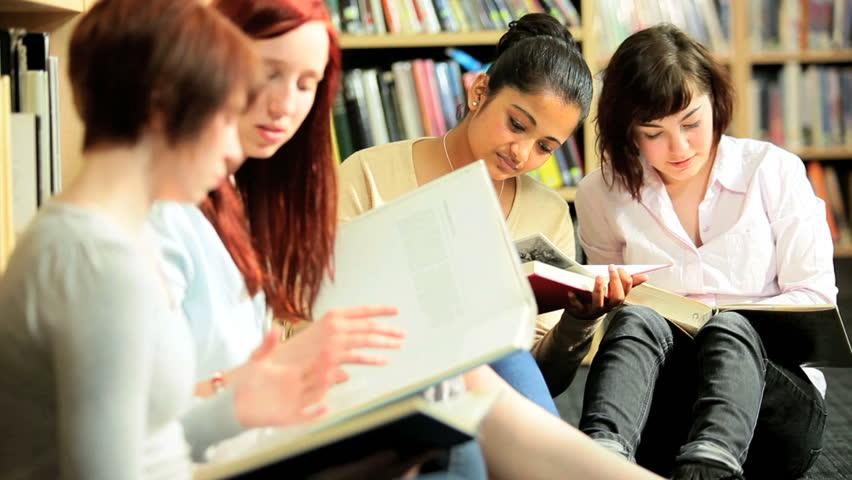 studentke-konchayut-vnutr
