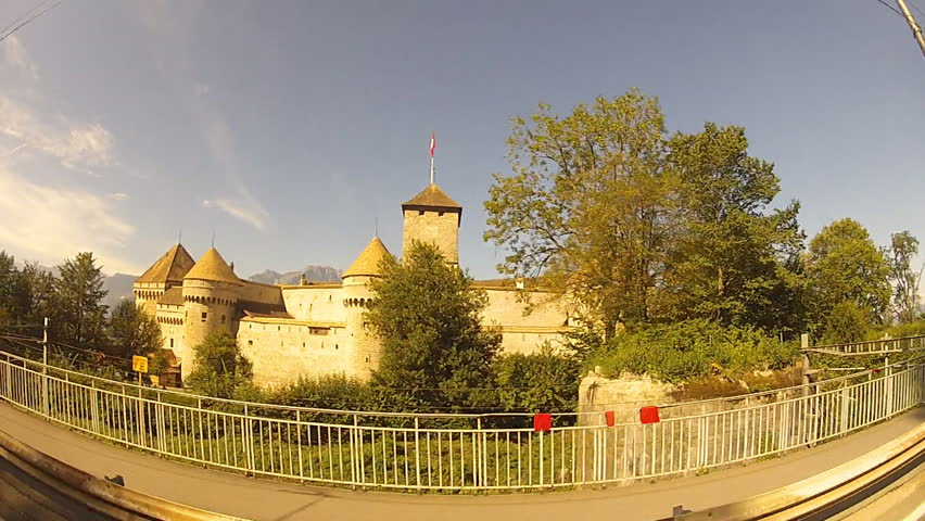 travel along the Chillon Castle