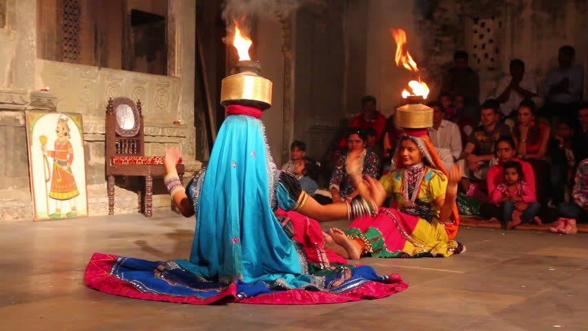 UDAIPUR, INDIA - NOVEMBER 24, 2012: Dances of Rajasthan in Udaipur, India, 24 nov 2012 - HD stock video clip