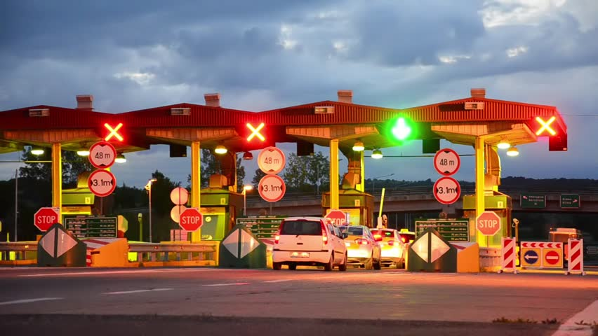 how to pay toll on logan motorway