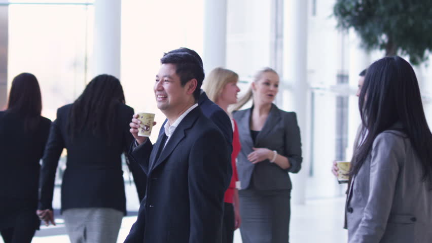 Chinese city businessmen and businesswomen meet people