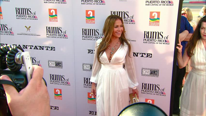 LOS ANGELES - July 31, 2007: Jennifer Lopez at the El Cantante Premiere in the DGA Theatre in Los Angeles July 31, 2007