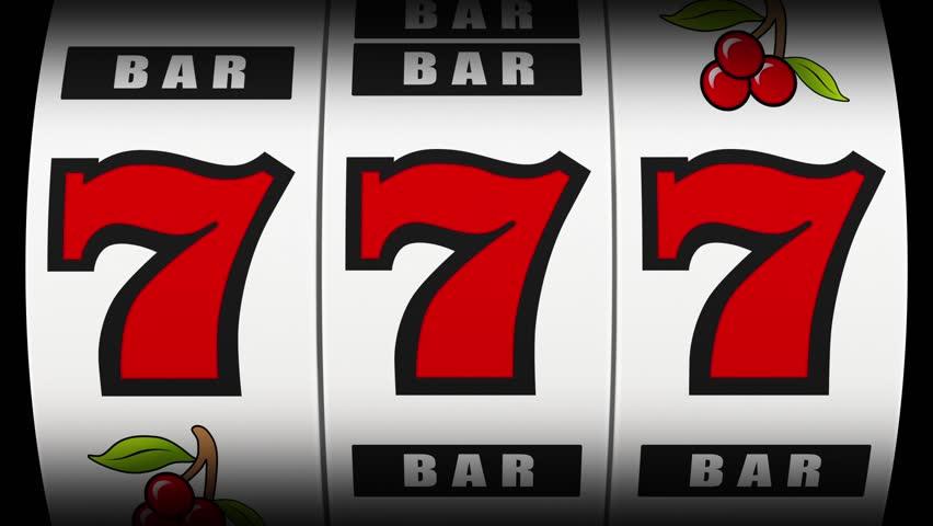 Slot machine hitting a lucky 7s jackpot