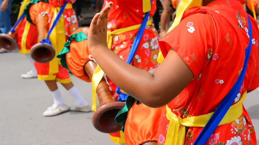 Thai Long Drums Dance