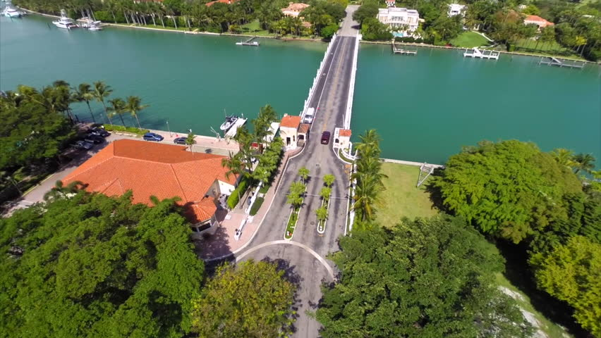Aerial Video Of Luxury Homes Surrounded By Water And Golf