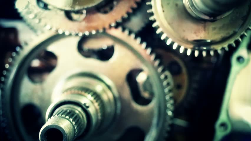 Detail of gearbox, small gears broken on the top