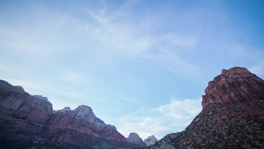 Time lapse from sunset to sunrise in Zion valley in Zion National Park in Utah, United State