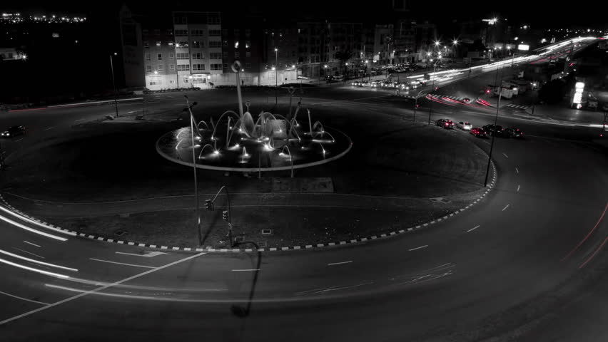 Traffic at night in the city 4K time lapse