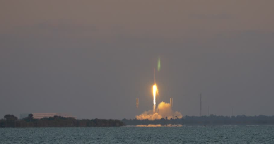 Cape Canaveral Air Force Station, FL - FEBRUARY 11: SpaceX launch of the DSCVR satellite from Launch Complex 40 February 11th, 2015. Successful Launch. Shot from Titusville, FL