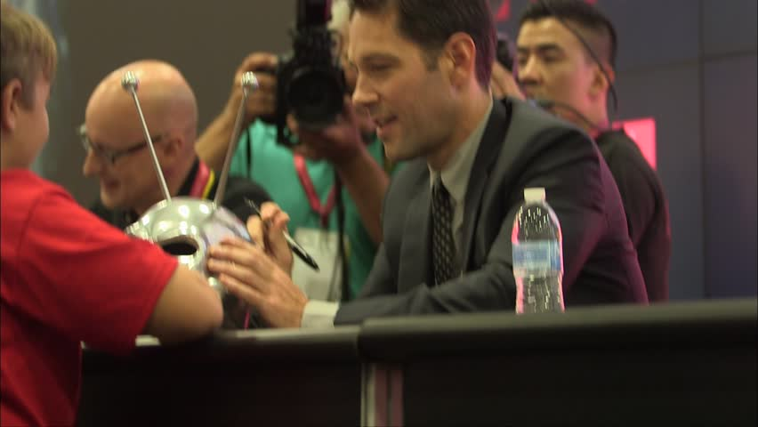 San Diego, CA - July 27,2014: Paul Rudd at Ant-Man Cast Signing at Comic-Con, San Diego Convention Center | Shutterstock HD Video #9782351